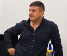 Игорь Стоянов